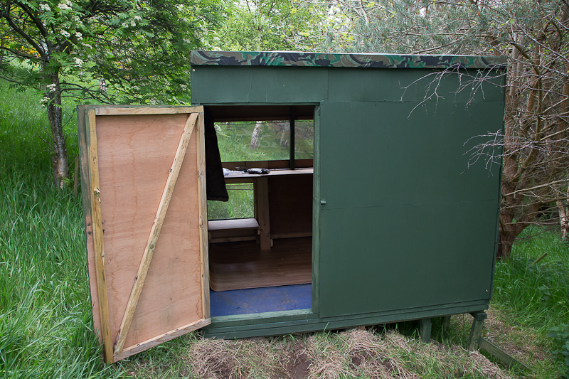 how to build a hide