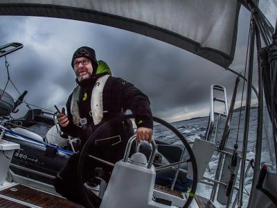 How to take photographs at sea